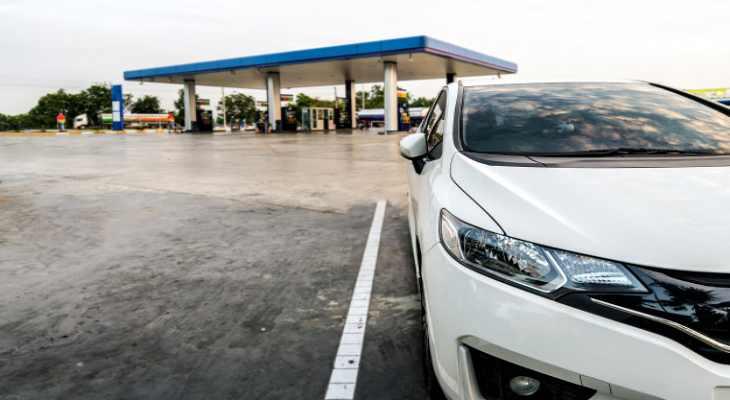 combustível na estrada